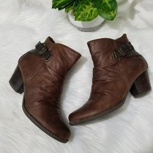 BareTraps Booties Size Size 7.5 Brown Leather